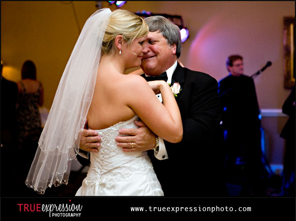 bride's dance with her father