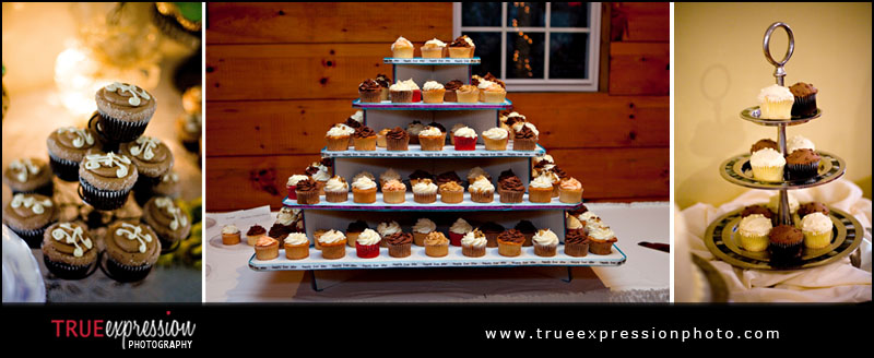 wedding cupcakes by Atlanta wedding photographer